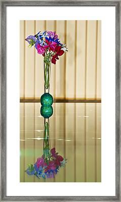 Sweet Peas Framed Print