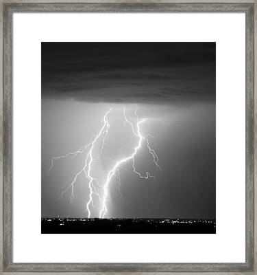 Taking It To The Ground Bw Framed Print by James BO  Insogna