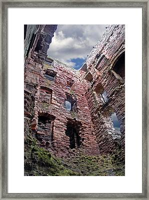 Framed Print featuring the photograph Tantallon Castle by Rod Jones