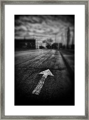 That Way  Framed Print by Russell Styles