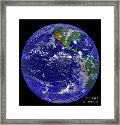 The Americas And Hurricane Andrew Framed Print by Stocktrek Images