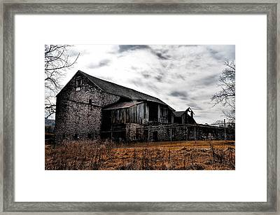 The Barn At Pawlings Farm Framed Print by Bill Cannon