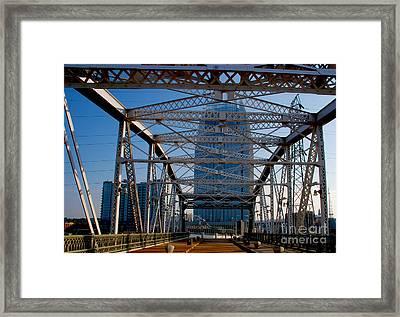 The Bridge In Nashville Framed Print by Susanne Van Hulst