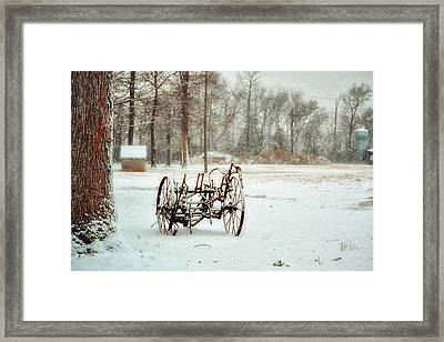 Framed Print featuring the photograph The Broken Wheel by Kelly Reber
