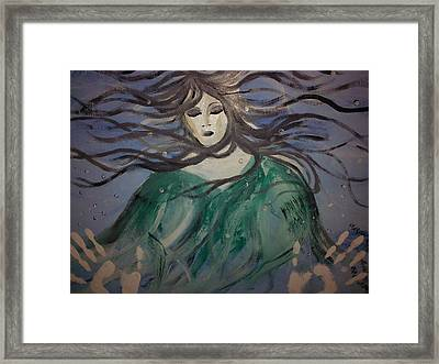 The Capture Of Haunting Beauty  Framed Print by Ronald Mcduff