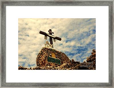 The Cross In The Grotto In Iowa Framed Print by Susanne Van Hulst