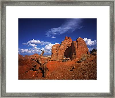 The Devils Garden In Arches National Park Framed Print by Daniel Chui