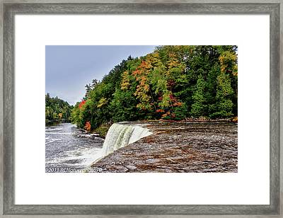 Framed Print featuring the photograph The Edge by Rachel Cohen