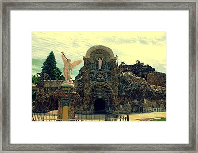 The Grotto In Iowa Framed Print by Susanne Van Hulst