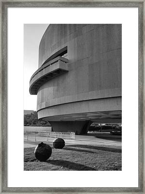 The Hirshhorn Museum I Framed Print by Steven Ainsworth