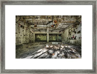 The Mirrored Room Framed Print by Noah Katz