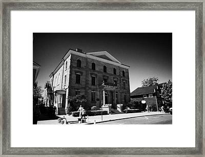 The Old Courthouse In Queen Street Niagara-on-the-lake Ontario Canada Framed Print