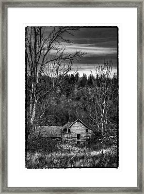 The Orting Barn Framed Print by David Patterson