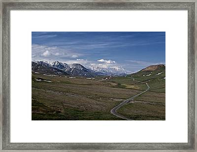 The Road To The Great One Framed Print by Wes and Dotty Weber