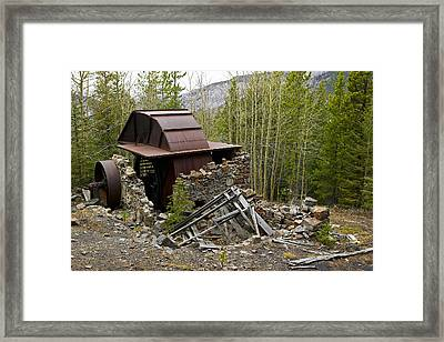 The Ruins Of An Old House Framed Print by Pete Ryan