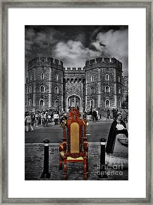 The Throne Framed Print by Yhun Suarez