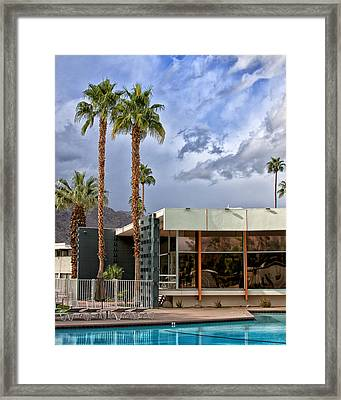 The View Palm Springs Framed Print by William Dey
