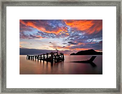 The Wreck In Sea With Fantastic Sky Framed Print by Arthit Somsakul