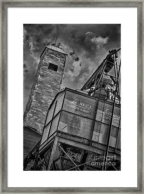 Through The Mill Bw Framed Print by Ken Williams