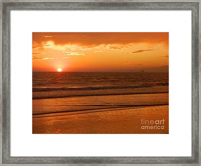 Framed Print featuring the photograph Time To Say Goodbye by Everette McMahan jr