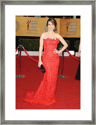 Tina Fey Wearing An Oscar De La Renta Framed Print by Everett