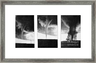 Tornadoes, 1930 Framed Print by Science Source