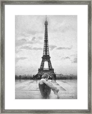 Tourterelle Framed Print by Mo T