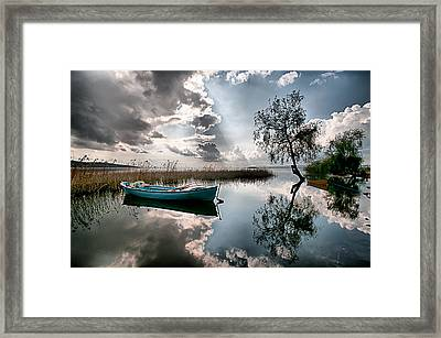 Framed Print featuring the photograph Tranquility - 3 by Okan YILMAZ