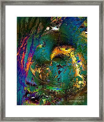 Treasures In The Ocean Framed Print by Doris Wood