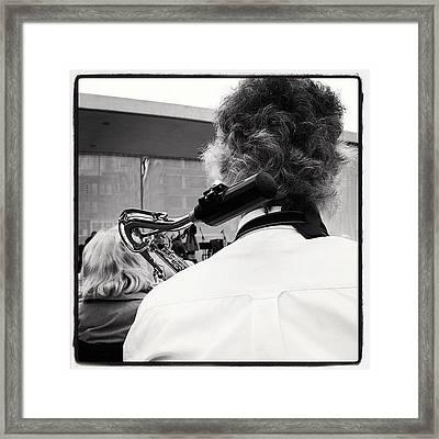 Tweede Sax Wacht Framed Print