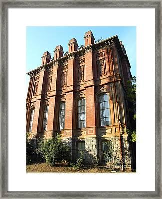 Uc Berkeley . South Hall . Oldest Building At Uc Berkeley . Built 1873 . 7d10108 Framed Print by Wingsdomain Art and Photography