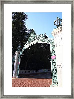 Uc Berkeley . Sproul Plaza . Sather Gate . 7d10035 Framed Print by Wingsdomain Art and Photography