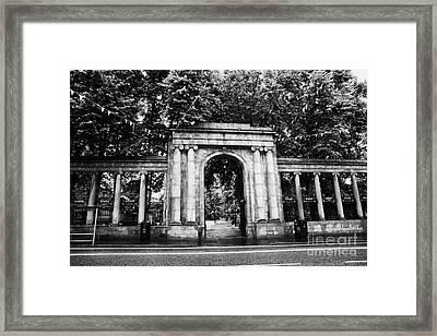 union street facade to the old kirkyard churchyard o the kirk of St Nicholas aberdeen scotland uk Framed Print