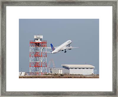 United Airlines Jet Airplane At San Francisco International Airport Sfo . 7d11846 Framed Print