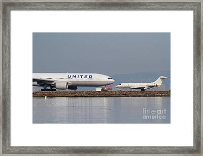 United Airlines Jet Airplane At San Francisco International Airport Sfo . 7d12081 Framed Print