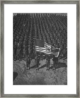 U.s. Army 41st Engineers On Parade Framed Print by Everett
