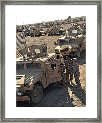 U.s. Army Soldier Speaks With Iraqi Framed Print by Stocktrek Images