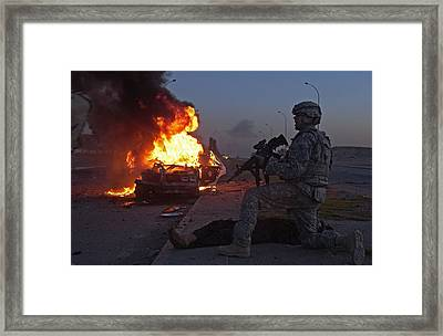 Us Army Soldier Yells For A Medic Framed Print