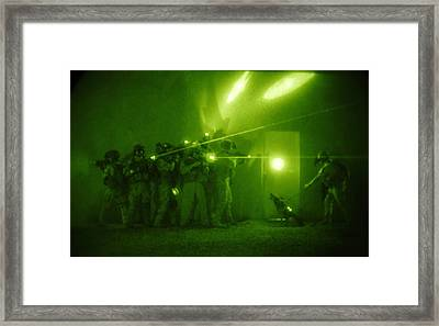 Us Forces Demonstrate Entry Tactics Framed Print