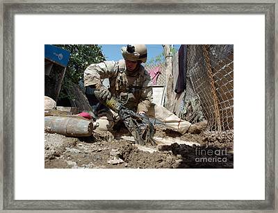 U.s. Navy Hull Technician Recovers Framed Print by Stocktrek Images