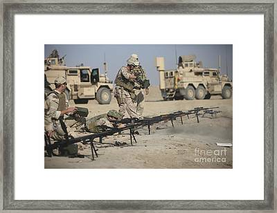 U.s. Soldiers Prepare To Fire Weapons Framed Print by Terry Moore