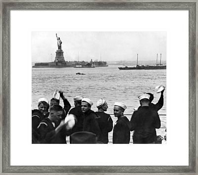 Uss Pennsylvania Sailors Cheer Framed Print