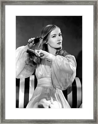 Veronica Lake, Portrait Framed Print by Everett