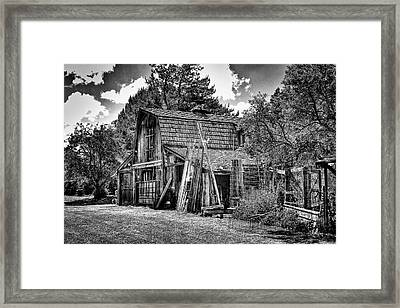 Vic's Old Barn II Framed Print by David Patterson