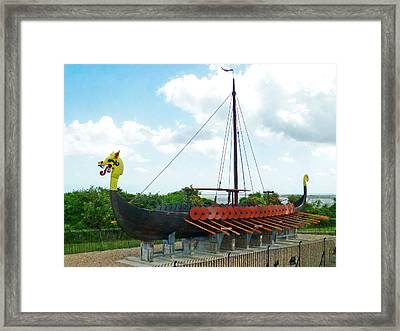 Framed Print featuring the photograph Viking Bay In Broadstairs In England by Steve Taylor