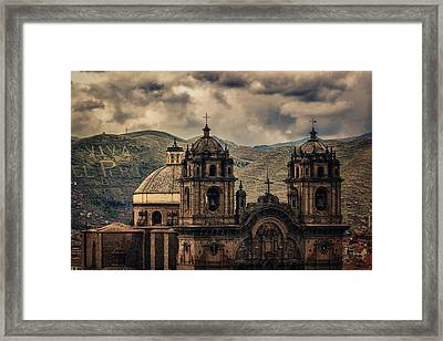 Viva El Peru Framed Print by Stuart Deacon