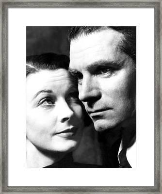 Vivien Leigh And Husband Laurence Framed Print