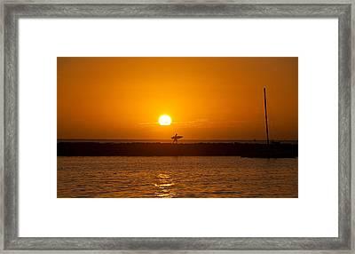 Waikiki Sunset Framed Print by Mike Reid