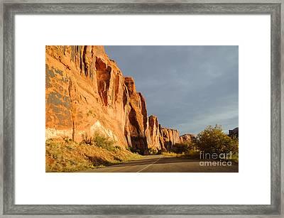 Wall Street Cliff Near Moab Framed Print by Gary Whitton
