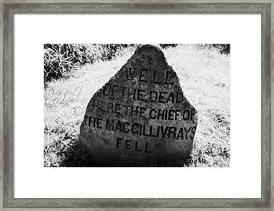 well of the dead and clan macgillivray memorial stone on Culloden moor battlefield site highlands sc Framed Print by Joe Fox